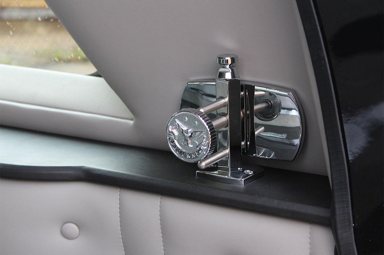Cadillac-XTS-Kensington-Coach-Hearse-Eagle-Federal-8