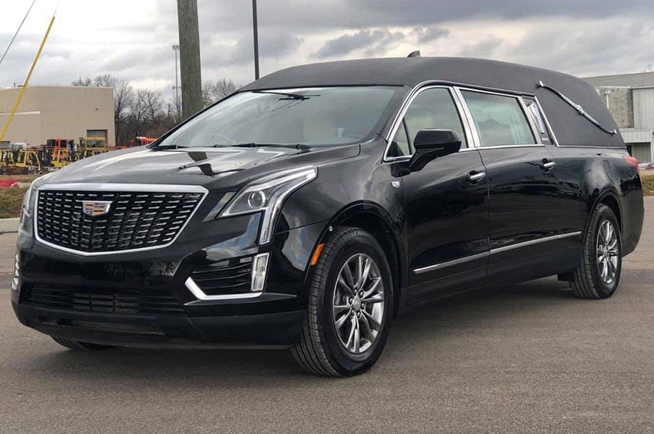 Cadillac-Heritage-XT5-Coach-Hearse-Federal-Coach-Company-3