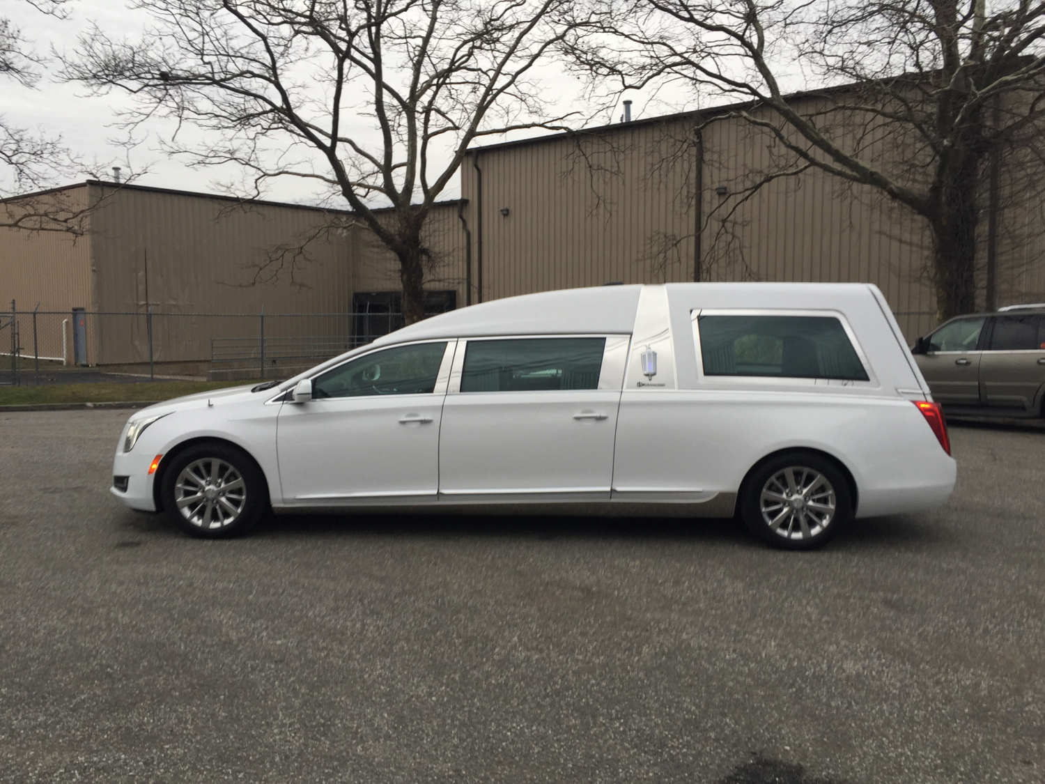 Boston Transportation Services to Hotels. qq9y3xuhbd722.gq provides airport transportation services, including airport shuttles, car service, and limo service to the following hotels.