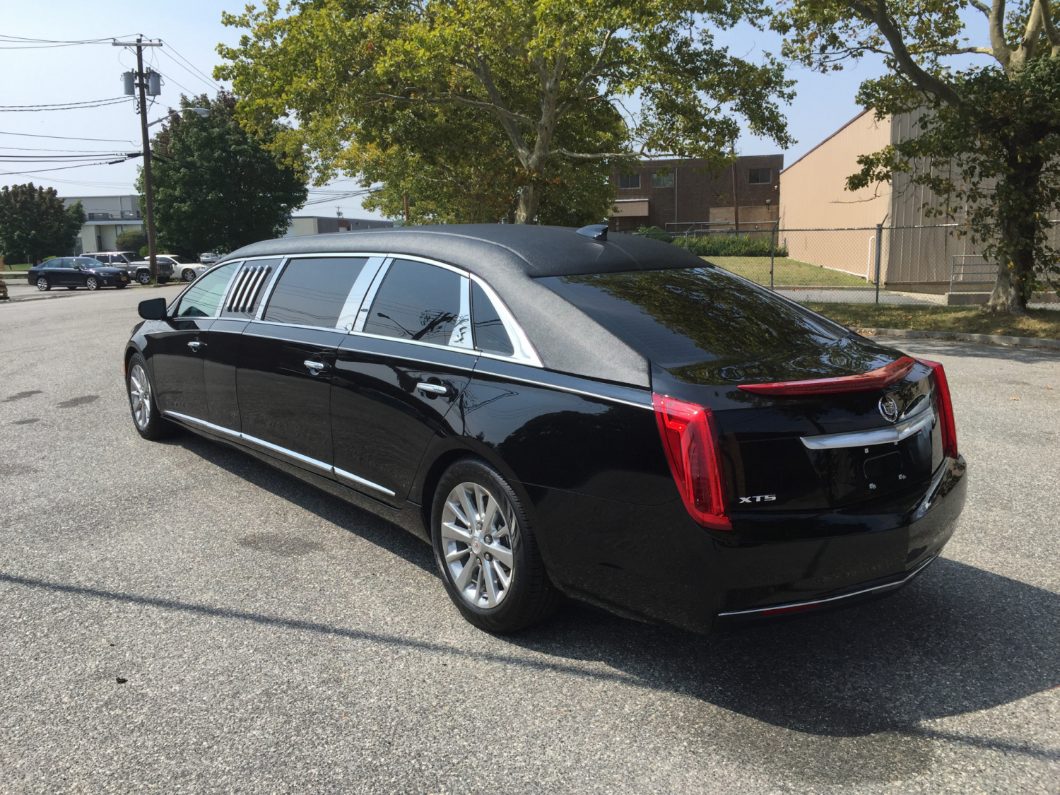 2016 cadillac xts limousine. Black Bedroom Furniture Sets. Home Design Ideas