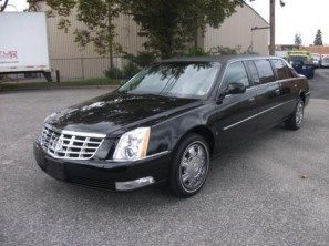 2009-cadillac-superior-six-door-used-funeral-limousine-thumb