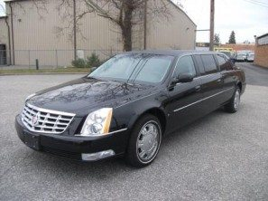 2009-cadillac-superior-six-door-used-funeral-limousine-thumb2