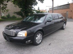 2005-cadillac-superior-six-door-used-funeral-limousine-thumb