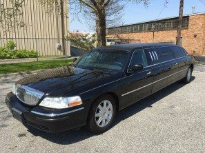 "2010 LINCOLN 70"" SIX DOOR USED LIMOUSINE"