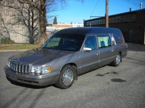 1997 CADILLAC S&S MASTERPIECE USED FUNERAL COACH