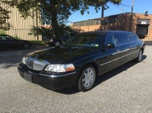 2010 LINCOLN SUPERIOR SIX DOOR USED FUNERAL LIMOUSINE