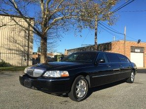 2011 LINCOLN SIX DOOR USED FUNERAL LIMOUSINE