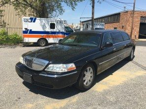 2009 LINCOLN SUPERIOR SIX DOOR USED FUNERAL LIMOUSINE
