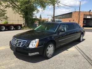 2011 CADILLAC SUPERIOR SIX DOOR USED FUNERAL LIMOUSINE