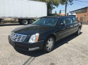 2010 CADILLAC SUPERIOR SIX DOOR USED FUNERAL LIMOUSINE