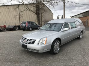 2010 CADILLAC SUPERIOR PREMIER USED FUNERAL HEARSE