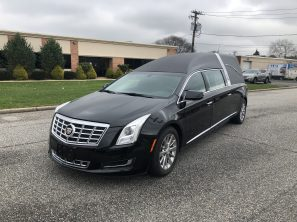 2013 CADILLAC SUPERIOR STATESMAN USED FUNERAL HEARSE