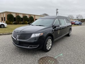 2014 LINCOLN SUPERIOR USED FUNERAL HEARSE