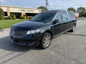 2014 LINCOLN USED FUNERAL HEARSE