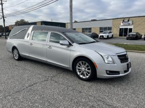 2017 CADILLAC S&S FUNERAL HEARSE
